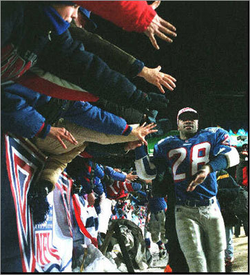 4. Patriots 20, Jaguars 6 AFC Championship, January 12, 1997 Perhaps the memory of this victory has faded some in these heady days of the Brady/Belichick Era, but winning the AFC title in the fourth season of the Bledsoe/Parcells Era was extremely fulfilling. Old Foxboro Stadium lost power near the end of the first half, and the Patriots' defense, led by Willie McGinest, took the power away from an upstart Jaguars team that had stunned the top-seeded Broncos the previous week. Otis Smith returned a fumble for a touchdown, Willie Clay picked off a pass in the end zone to clinch the win, and the Patriots were headed to their second Super Bowl.