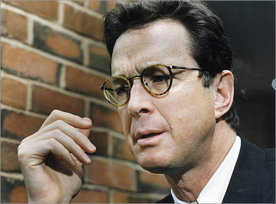 Michael Crichton Before he was a best-selling author, Crichton was a doctor practicing at Massachusetts General Hospital. He graduated from Harvard Medical School. He's responsible for additions to pop culture such as 'Jurassic Park' and the TV show 'ER.'