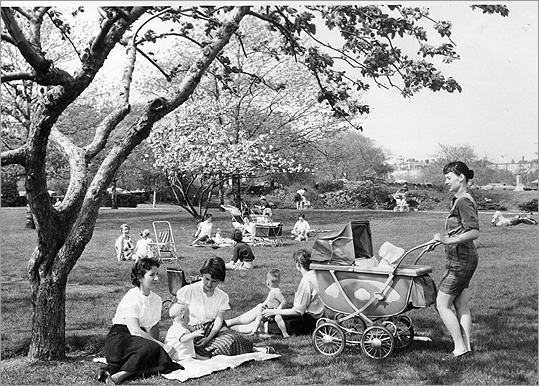1959 A spring day in the fens. The park is bordered by the Fenway, Park Drive, and Boylston Street.