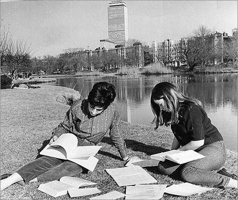 1967 June Kadehjian of Watertown and Nancy Brennan of Mattapan, both students at Simmons College, studied along the Fens.
