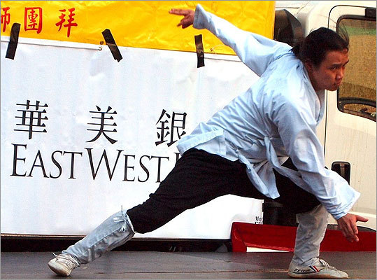 A martial artist from Daoist Gate Wudang Arts displayed his skills.