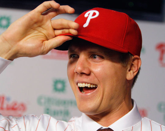 Papelbon shipped down to Philly Despite being the man who blew the last game of the season, sealing the Red Sox fate, many fans were sad to see Jonathan Papelbon's big personality and strong closer's arm depart Boston for Philadelphia. But Papelbon said all along he was looking forward to testing the market when his contract was up. When he accepted his payday deal with the Phillies, the Sox weren't even in the running.