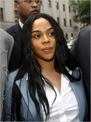 Lil' Kim Rapper Lil' Kim is running into big tax problems, owing the government more than $1 million, according to a report in Accounting Today . The site said she's been having tax issues since 2002.