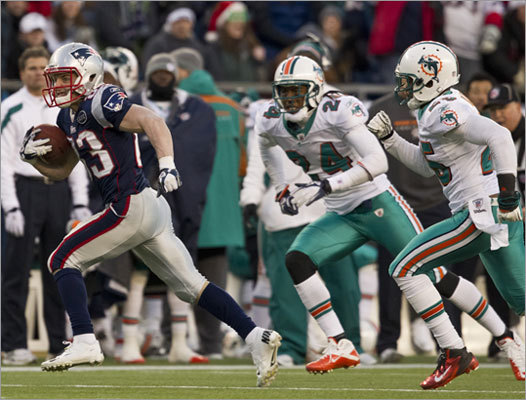CB Will Allen 2011 stats: 43 tackles in 15 games for Dolphins (Allen is at far right in photo) Bedard's comment: Brings veteran depth, competition and versatility. He can play man, zone and from the nickel spot. But he will be 34 in August and will need to win a job. If anything, he's an improvement on CB Nate Jones, who likely won't be re-signed.