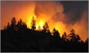 Crews focus on containment lines around Colorado fire