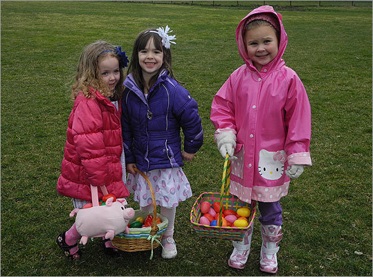 McKenzie (right), 4, said she found 10 eggs. Ellie (center), 4, and Lana, 3, agreed.