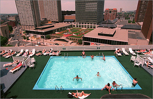 Rooftop Pool Colonnade