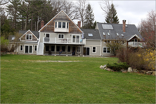 You would never know by looking at this sprawling farmhouse that it began as an underground building. Open House Listing agent Joan Meyer of Acton Real Estate will hold an open house Sunday, April 15 from 1-3 p.m. See this listing on Boston.com Address: 76 Taylor Road, Stow Price: $935,000 Style: Contemporary Built: 1985 Square feet: 6,047 Bedrooms: 4 Bathrooms: 3 full, 2 half Sewer: Septic