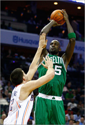 2. Kevin Garnett is playing like it's 2007 Tell me you saw this Kevin Garnett coming in December and I'll call you a liar (if you really did: speak up!). Garnett has played out of his mind in the second half of the season, his 24-point, nine-rebound, 11-of-14 effort against the Bulls serving as the primary example. Garnett's shooting 52 percent since the All-Star break, and his rebound average in that time is approaching nine. Beyond the statistics, the eye test shows more energetic Garnett on the glass and on defense. Whether that's due to his change to the center position or something else entirely, there's no doubting the turnaround.