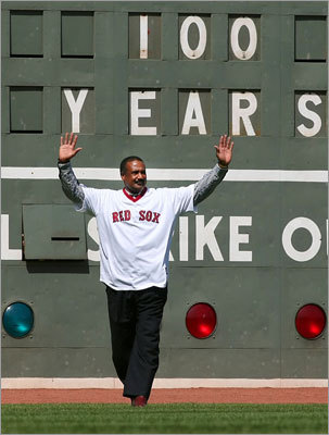 Jim Rice waved to the crowd when he made his way onto the field for the Fenway Park 100-year celebration.