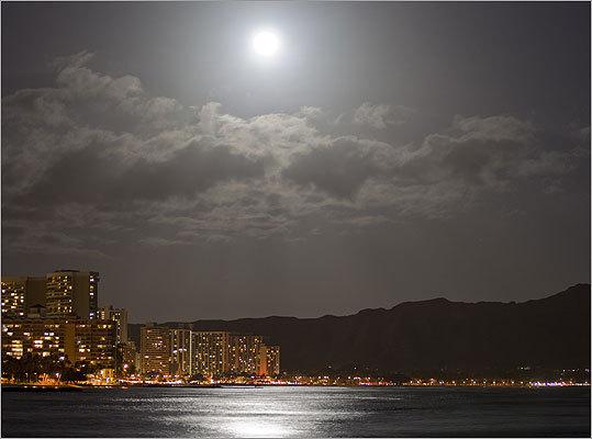 The supermoon lit up Waikiki and Diamond Head in Hawaii.