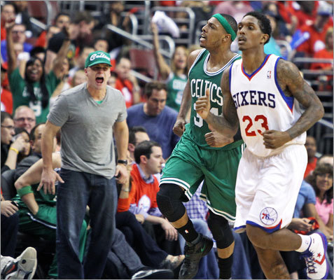 Paul Pierce overcame his knee injury to score 24 points and grab 12 rebounds in the Celtics' convincing win.