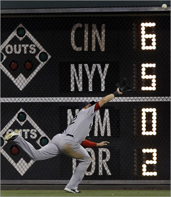Red Sox center fielder Ryan Sweeney made a diving catch in the seventh inning that saved two runs to help the Red Sox to a 7-5 victory over the Phillies in the second game of their interleague series in Philadelphia. Sweeney also went 1-for-3 at the plate.