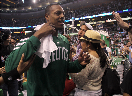 Paul Pierce of the Celtics reacted after defeating the 76ers, 85-75.