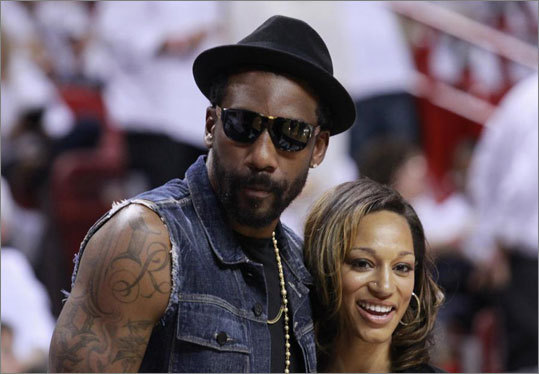 New York Knicks' player Amare Stoudemire stood with his new fiancee, Alexis Welch courtside before Game 5.