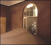 Richard Ehrlich's 'Window and Sand'