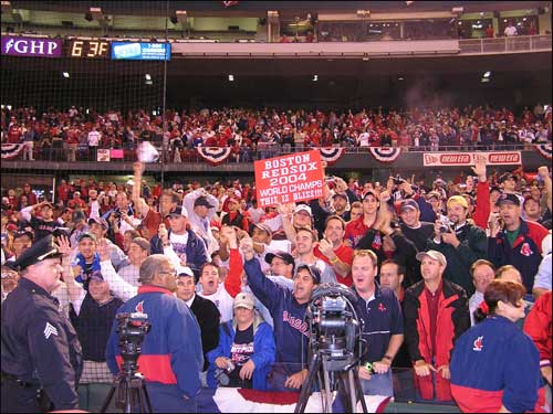 Thousands of Red Sox fans remained to celebrate with the team at Busch Stadium following Boston's 3-0 series-clinching victory.