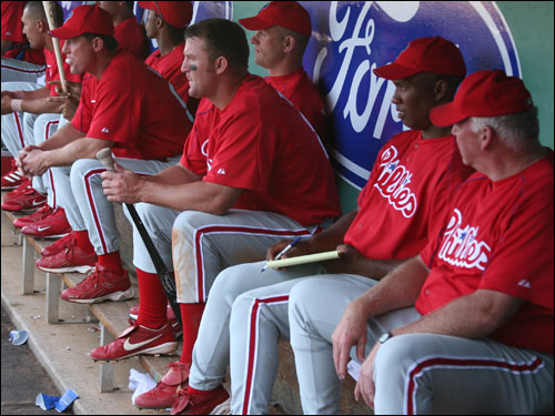 Notorious Sox killer Jim Thome (center) went 1-for-3 and scored a run as the Phillies fell one run short on Sunday.
