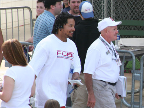 Happy-go-lucky Manny Ramirez is all smiles as he attempts to get a jump on traffic after going 1-for-3 on the day.