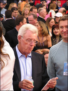 Widely considered as 'the REAL commissioner of baseball,' ESPN baseball analyst Peter Gammons reviews notes before he hits the stage.