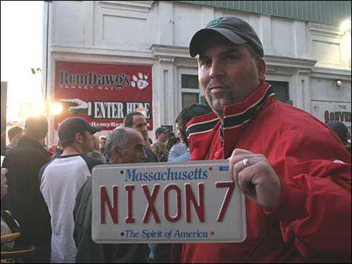 NIXON 7 plate