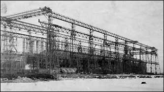 From humble beginnings in 1884, this yard grew to become the second-largest in the country, and was a leader in the US shipbuilding industry for a century. This photo shows the yard in 1922.