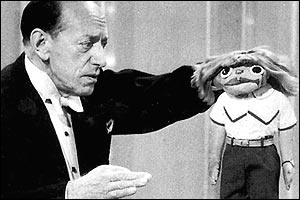 Señor Wences, né Wenceslao Moreno Started his career as a Spanish matador before finding success with his hand puppet Johnny as a regular guest on ''The Ed Sullivan Show.''