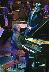 Ben Folds joined by conductor Keith Lockhart