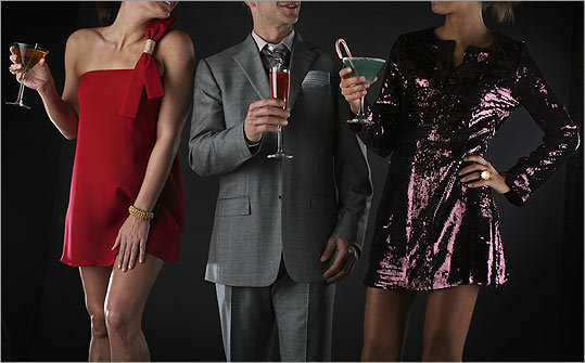 Three looks for this year's holiday party: Classic, After work and Trendy.