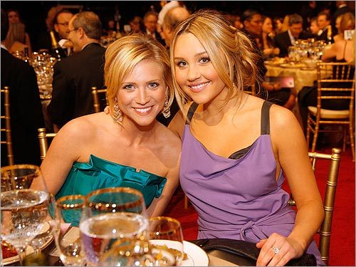 Brittany Snow and Amanda Bynes
