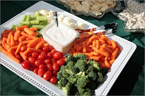 7. Think green OK OK. So, not everyone is inclined to eat poorly at a Super Bowl party. Make sure to pick up a vegetable platter, too.