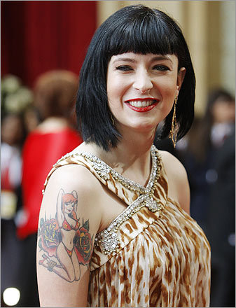 Nothing says 'I'm a rebel' like wearing a Miami Beach housewife's leopard-print nightgown to the Oscars. So 'Juno' screenwriter Diablo Cody must have thought.