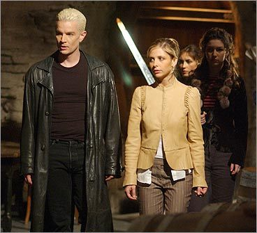 James Marsters and Sarah Michelle Gellar on 'Buffy the Vampire Slayer'