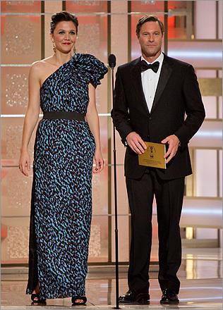 Aaron Eckhart and Maggie Gyllenhaal