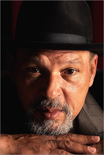 Pulitzer-prize playwright August Wilson came to train, as did businessman Michael Bronner. One thing Li found about teaching celebrities - people who had achieved prominence in their fields - was that while they might not know the moves of kung fu, they already had the focus and discipline.
