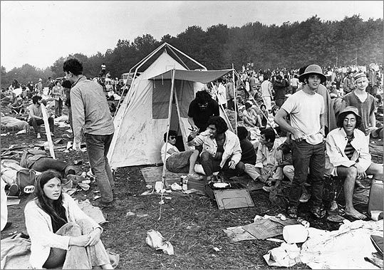 woodstock significance  opposite of woodstock: while woodstock celebrated all that was good about the counterculture movement, altamont represented all that was sinful occurred on december 6, and featured only the rolling stones a.