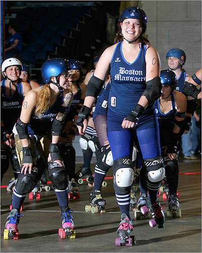 'Lois Carmen Dominator' of Boston Massacre was followed by her teammates at one point in the bout.