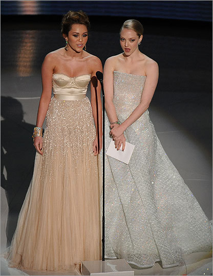 Miley Cyrus and Amanda Seyfried