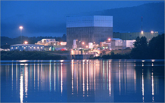 NUCLEAR OPTION Vermont Yankee, a nuclear power plant on the Connecticut River, is up for re-licensing, a process that in Vermont requires the Legislature's approval.