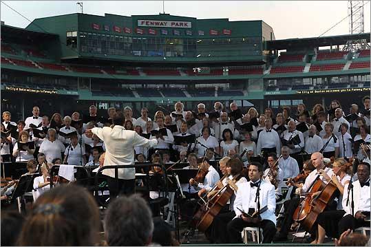 Boston Landmarks Orchestra at Fenway Park