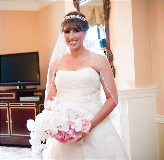 Readers share wedding gown details - Boston.com
