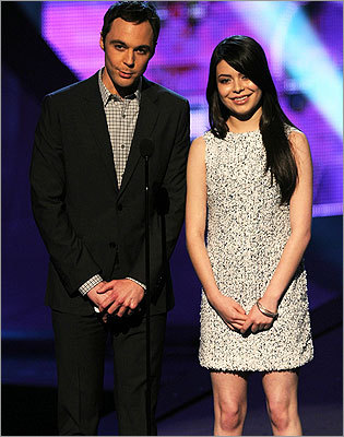 Jim Parsons and Miranda Cosgrove