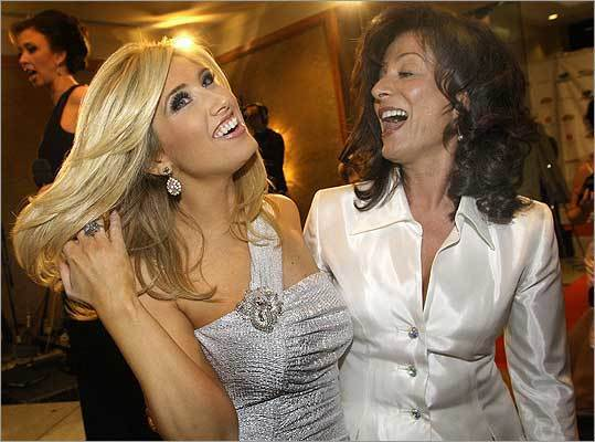 Feb. 27 in Boston From left: Bianca de la Garza of WCVB-TV and her hairdresser Liz Cecchini, of Somerville.
