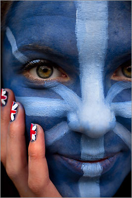 Izzy McEwan of Bedford, England, sported an incredible painted face.