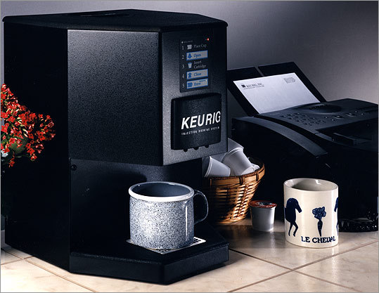 KAFFEEKLATSCH Keurig's first functioning unit.
