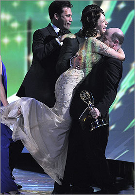Elisabeth Moss hugged 'Mad Men' creator Matthew Weiner after accepting the award for outstanding drama series.
