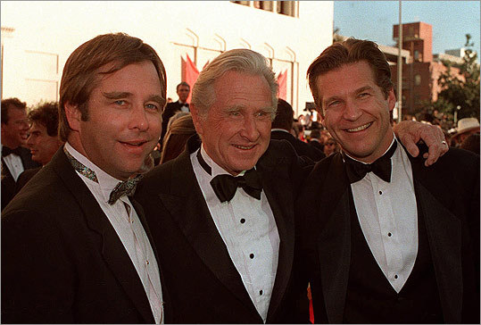 Like father, like sons. Beau Bridges and his Oscar-winning brother Jeff both take after their acting father, Lloyd, and he starred alongside both of them. Lloyd and Jeff can be seen in 1988's 'Tucker: The Man and His Dream' and 1994's 'Blown Away' (with Lloyd playing Jeff's uncle). Meanwhile, Lloyd and Beau paired up on, yes, 'The Wild Pair' in 1987 and the early-'90s CBS series 'Harts of the West.' All three Bridges acted on the early-'60s CBS series, 'The Lloyd Bridges Show.' Pictured, from left: Beau, Lloyd, and Jeff Bridges at the 1989 Academy Awards.
