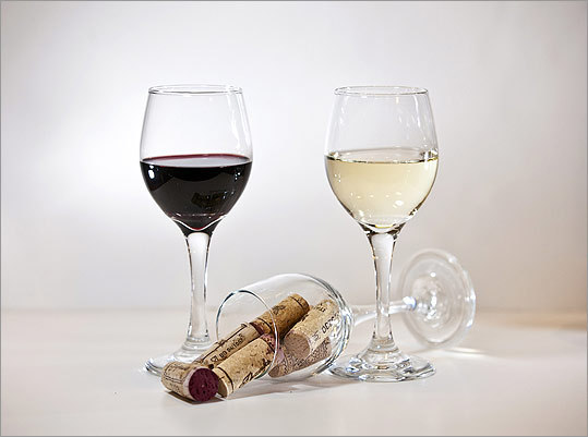 "One French and one German wine took top honors among whites. Two wines from Italy's Montepulciano d'Abruzzo region were the unanimous favorites among reds. WHITES Domaine L'Enclos Vin de Pays des Cotes de Gascogne 2010 $10 Weingut J. Linden Mosel Riesling 2010 $11 REDS Montupoli Montepulciano D'Abruzzo 2008 $10 Italo Pietrantoni ""Etichetta Nera'' Montepulciano d'Abruzzo 2008 $12"