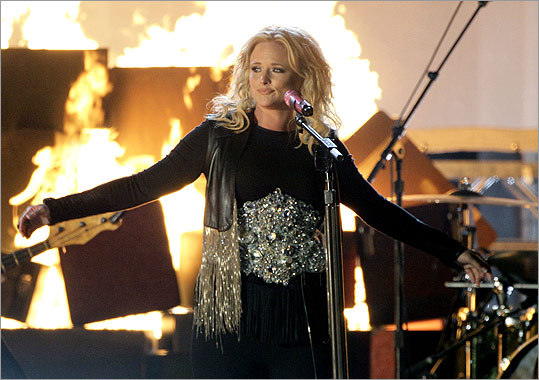 Female vocalist of the year nominee Miranda Lambert performed 'Baggage Claim.'