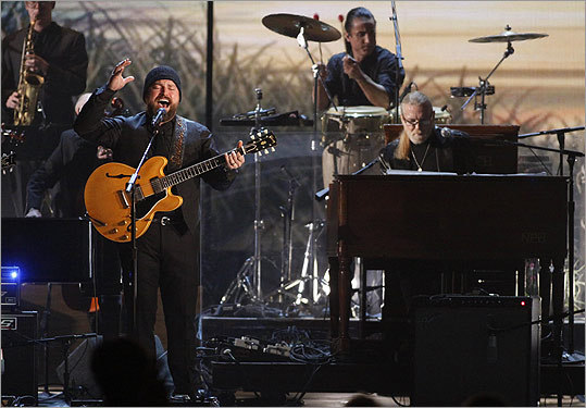 The Zac Brown Band teamed up with Greg Allman (right) on the classic 'Georgia on My Mind.'